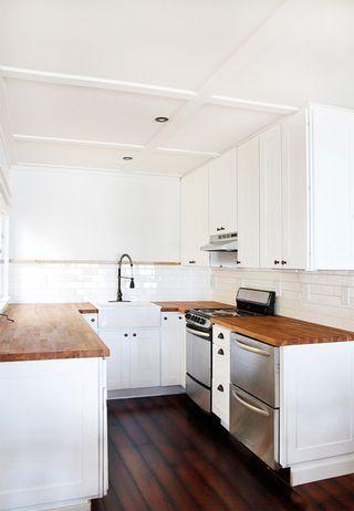Cabin-kitchen-21
